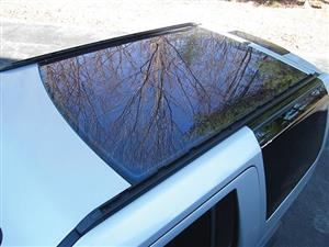 Land Rover Discovery 3/4 Panoramic Roofs | Auto Ezi