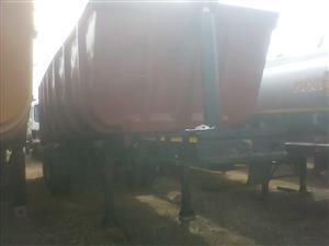 Tri axle sloper