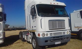LOOKING FOR AFFORDABLE TRUCKS AND TRAILERS COME TO OUR YARD TO VIEW OR BUY CALL 0790669786