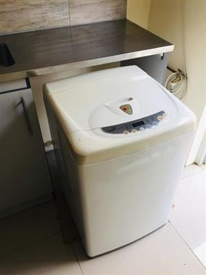 LG Washing Machine - Turbo Drum - For Sale