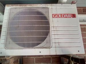 Goldair 3 splitunit 12000btu air con