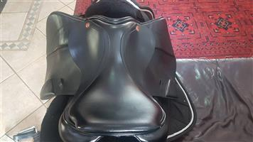 Albion K2 Jumping Saddle - as NEW