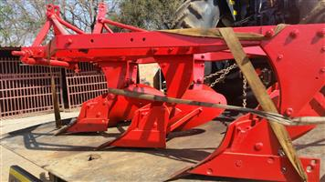 U Make 3 Skaar Raam Ploeg / Frame Plough Pre-Owned Implement