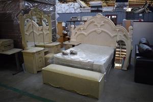 Victorian style complete bedroom set