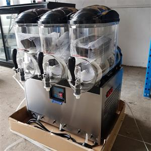 Slush machine Also juice dispenser 15 litres each barrel.