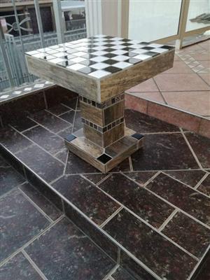 GLOSSY CERAMIC CONCRETE TABLE