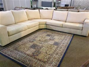 Sevens Corner Lounge Suite R 9500
