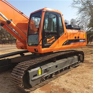 Doosan Solar 300 LC-V Excavator for sale