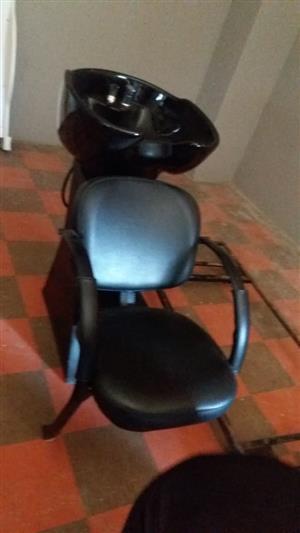 Hair salon basin with chair