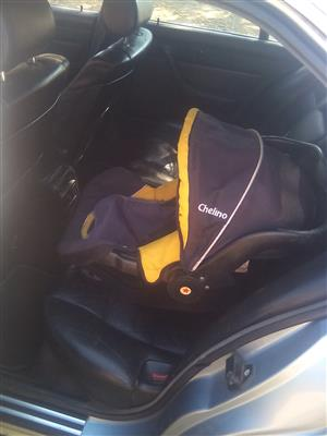 chelino baby / toddler car seat and Pram