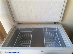 Telefunken 250l chest freezer