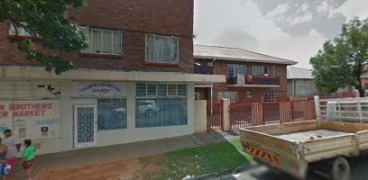 Spacious bachelor and 1 Bed flats to rent in Rosettenville
