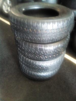 265/65/17  Bridgestone Dueler x4 new tyres for R4000.00.