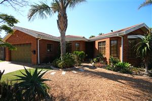 3 Bedroom family home with study