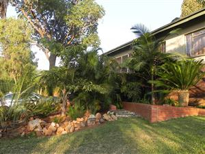 CLAREMONT HOUSE TO RENT END OF MARCH  2020 @ R9500.00PM