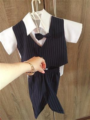 Boy suit 6-12 months