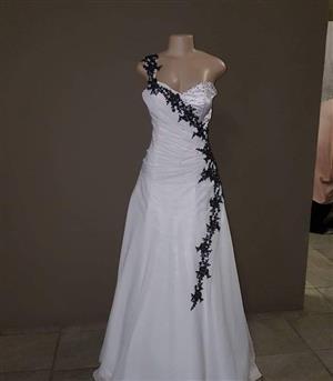 BARGAIN WEDDING DRESS SALE