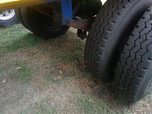 BARGAIN GIVE AWAY SINGLE AXLE WITH NEW TYRES AT A GIVE AWAY PRICE