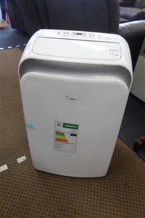 Midea 3300W Mobile Type Air Conditioner - B033045934-1