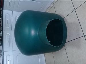 Medium Iglo kennel for sale