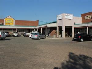 Retail Shop space to let.