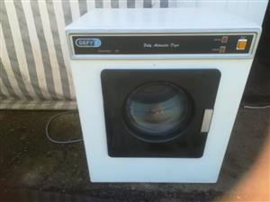 Dependable small old tumbledryer