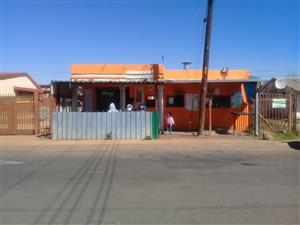 a house and restaurant for sale in Ga-Rankuwa