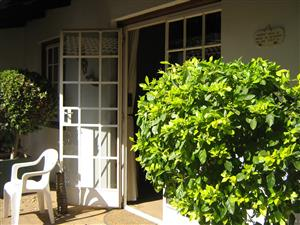 A TIDY 2 BEDROOM TOWNHOUSE FOR SALE: