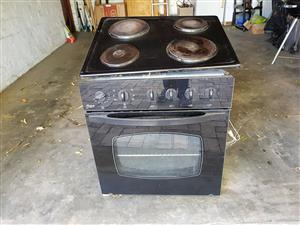 Fridge, Freezer, dishwasher, oven and hob, heater R1750 takes all