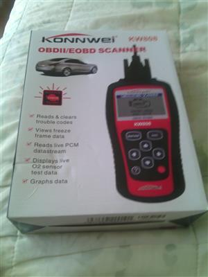 BRAND NEW KONNWEI KW808 OBDII/EOBD SCANNER TO SWOP FOR GARMIN GPS