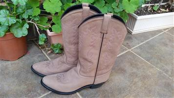 Boots - Imported American Cowgirl boots