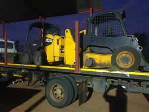JCB SKIDSTEERS STRIPPING FOR PARTS
