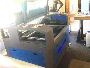 LC-1390/D100 TruCUT Standard Range 1300x900mm Cabinet Type, Double Laser Head Laser