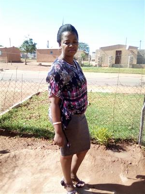 Excellent and hard working maid,nanny,cleaner and care-giver from Zim needs work urgently