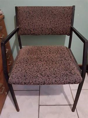 One chair. Good condition