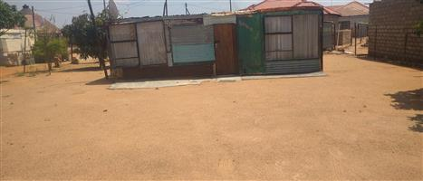 Spacious stand with a shak in kanana hammanskraal close to the mall