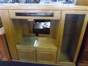 Eikehout TV Cabinet
