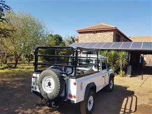 Landrover cattle rail