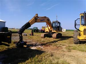 Komatsu PC200 Excavator with Timber Grab and Bucket