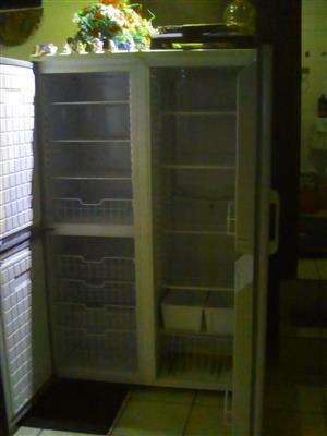 Doubledoor fridge master