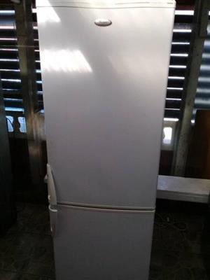 Whirlpool fridge n freezer..