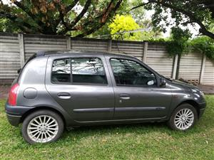 2001 Renault Clio 1.4 Expression 5 door