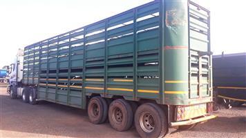 Tri axle cattle trailer,Henred