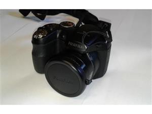 Fujifilm FinePix S2650 High Resolution Camera