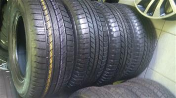 265/65/17 Goodyear Wrangler H/p All Weather R5800