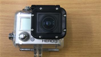 GOPRO HERO 3 (SILVER EDITION) - WITH LCD SCREEN AND WATERPROOF CASE