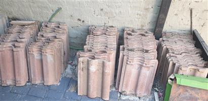 Terracotta roof tiles for sale in good condition