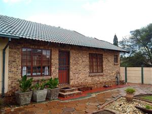 Neat and modern flat to rent in Secunda