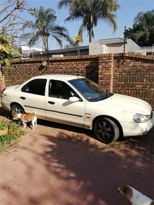2000 Ford Mondeo 2.0 Trend