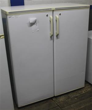 Fridge master white double door fridge S044848A #Rosettenvillepawnshop